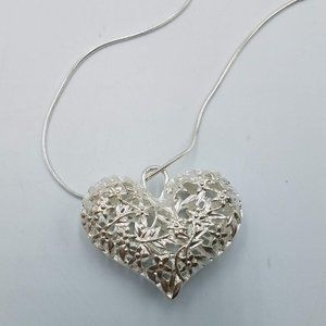 Puffy Filigree Heart Pendant Necklace